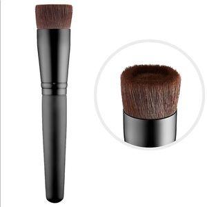 🚨Sale! BareMinerals Perfecting Foundation Brush